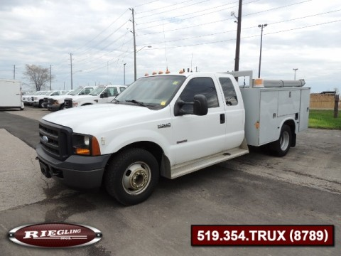 2006 Ford F350 XL EXT Cab Low Body Utility